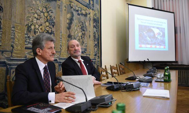 Raport o katastrofie smoleńskiej. Ostra opinia Macieja Laska