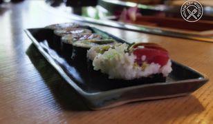 Krystyna Czubówna radzi, jak jeść sushi. Zobacz, jak uniknąć błędów