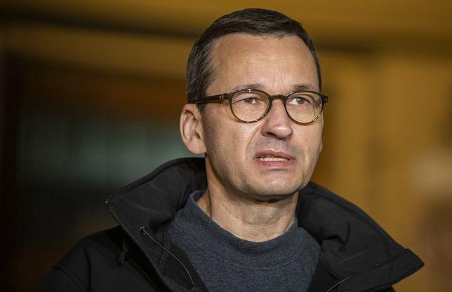 Warszawa. Mateusz Morawiecki skrytykowany za zwołanie nadzwyczajnej narady ws. ulewy