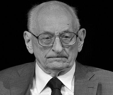 Ostatnia podróż Władysława Bartoszewskiego. Spoczął w Alei Zasłużonych na Powązkach