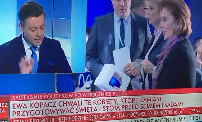 """""""Paskowy"""" TVP Info w szczytowej formie. Internauci żartują z paska o protestujących kobietach"""