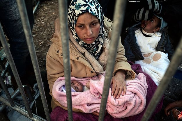 Imigranci przy granicy grecko-macedońskiej
