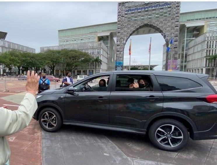 Zaprosili na wesele 10 tys. osób. Tak poradzili sobie z restrykcjami