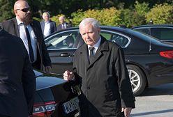 Sondaż. Jarosław Kaczyński z czerwoną kartką. Prezes źle oceniony