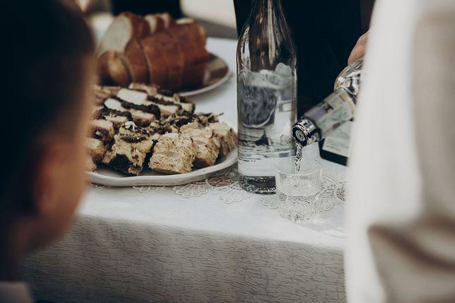 Alkohol na weselach pojawia się od zawsze