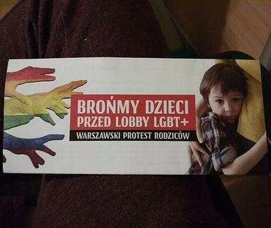 Ania znalazła w skrzynce ulotkę nawołującą do sprzeciwu wobec deklaracji LGBT+