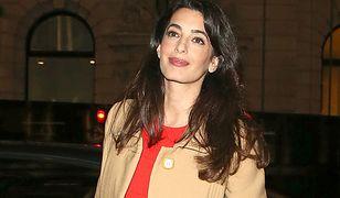 LOOK OF THE DAY: Amal Clooney - stylowa przyszła mama