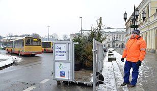 """Na warszawskie ulice wyjedzie """"choinkowóz"""""""