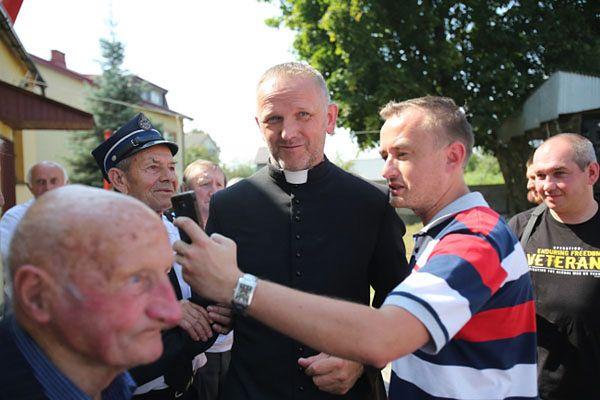 Ks. Wojciech Lemański w Jasienicy
