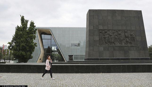 """Warszawa. Muzeum Polin działa """"stabilnie"""", tak ocenia Ministerstwo Kultury i Dziedzictwa Narodowego"""