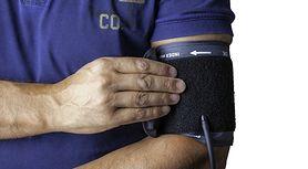 Sfigmomanometr – rodzaje, budowa i pomiar ciśnienia krwi