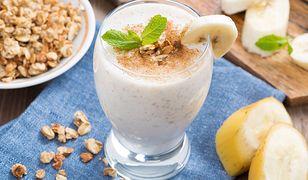 Pyszne przepisy z bananem – desery, napoje, przekąski