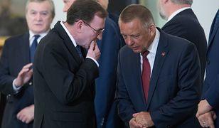 """Marian Banaś mówił w Sejmie, iż """"ze spokojem"""" oczekuje zakończenia procedur w sprawie jego oświadczeń majątkowych."""