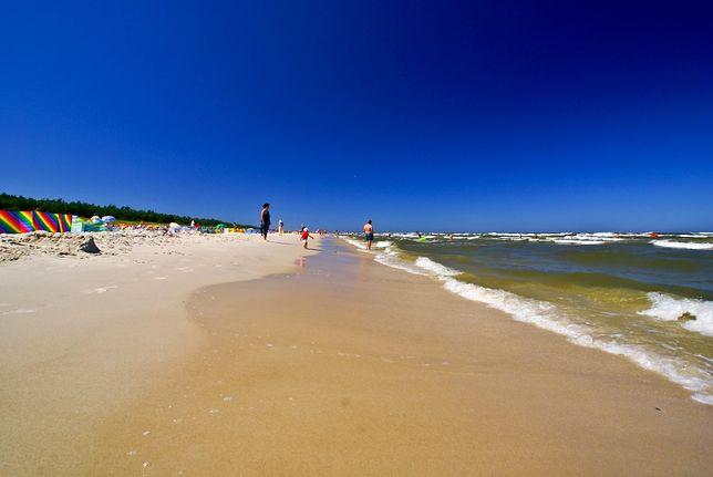 Pogoda nie rozpieszcza turystów. Mimo to temperatura wody w Bałtyku zaczyna rosnąć
