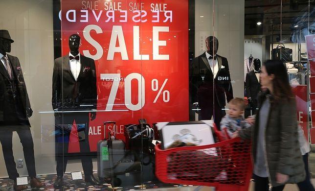 W sklepach można już liczyć na obniżki cen nawet o 70 procent.