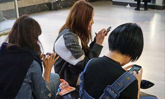 Radny PiS na wojnie z nastolatkami. Chce robić zdjęcia jako dowody