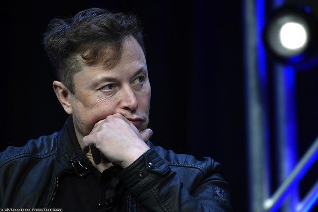 Elon Musk dementuje plotki o Starlink.