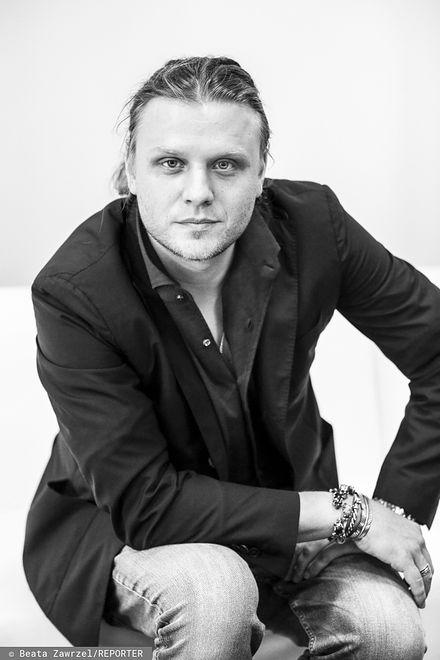 Śmierć Piotra Woźniaka-Staraka. Wójt i sanepid zawiadomili policję