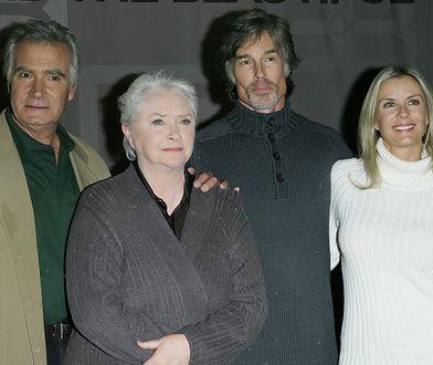 Katherine Kelly Lang z serialową rodziną
