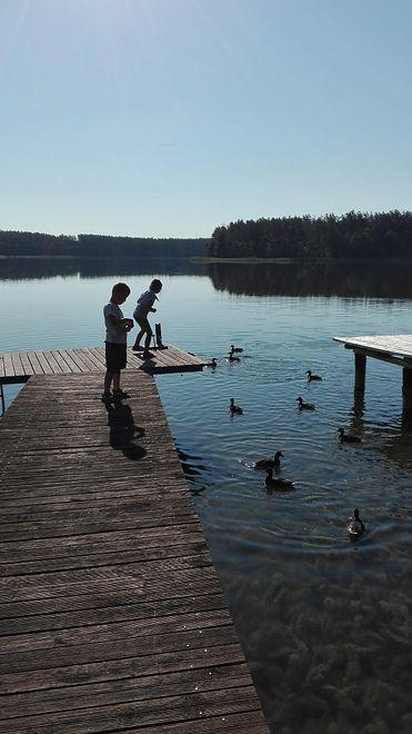 Wiele małżeństw w Polsce zmuszonych jest do wakacyjnych rozstań