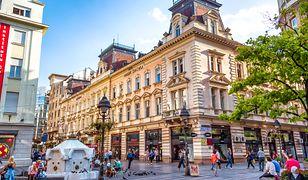 W centrum miasta można oglądać budynki z XVIII w., a także budowle wzniesione w stylu secesyjnym