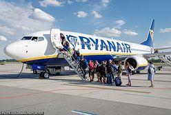 """Pechowy lot Ryanaira z Barcelony do Modlina. """"4 próby startu i awantura"""""""