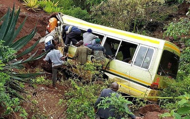Autobus pełen dzieci spadł do rzeki. Tanzania w żałobie