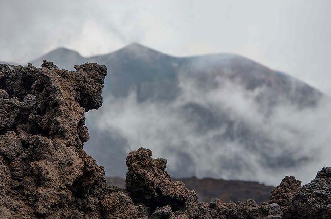 Wulkan bezimienny odrodził się