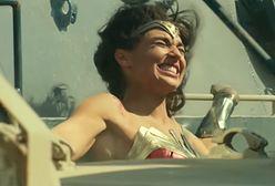 """""""Wonder Woman 1984"""" miała być hitem, a traci widzów w kinach. Spektakularny spadek"""