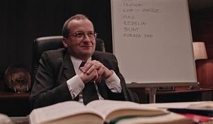 """""""Ucho prezesa"""": wodza narodu odwiedzi minister Waszczykowski. Prezes dostanie niespodziewany telefon"""