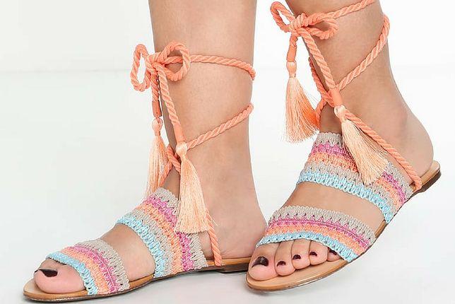 Sandały hippie są efektowne i wygodne