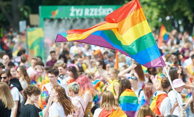 """Parada Równości przejdzie ulicami Warszawy. """"Największe w Polsce święto równości"""""""