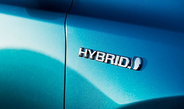 Duży wzrost sprzedaży hybrydowych Toyot w Polsce