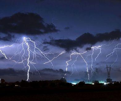 Sardynia: gwałtowne burze w regionie. Uderzyło tam w środę aż 14 tys. piorunów