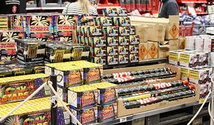 Handlowcy nie mogą sprzedawać fajerwerków nieletnim