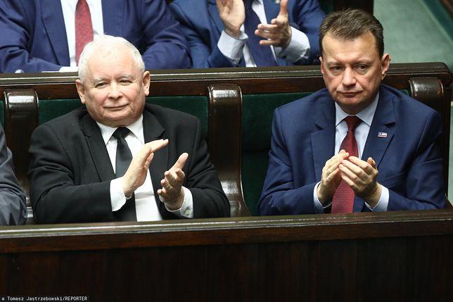 Prezes PiS Jarosław Kaczyński i szef MON Mariusz Błaszczak