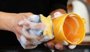 sprzątanie, płyn do mycia naczyń