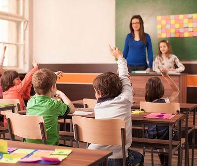 """Ponad 80 proc. 6-latków od września pójdzie do szkoły. HGW: """"Gratuluję rozwagi"""""""