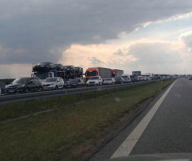 Na pasie autostrady A2 w kierunku Warszawy doszło do wypadku