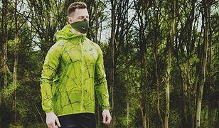 Maska antysmogowa jak okulary. Nowy trend wkracza do Warszawy