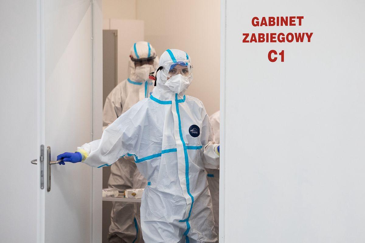 Koronawirus w Polsce. Raport Ministerstwa Zdrowia [środa, 13 października]