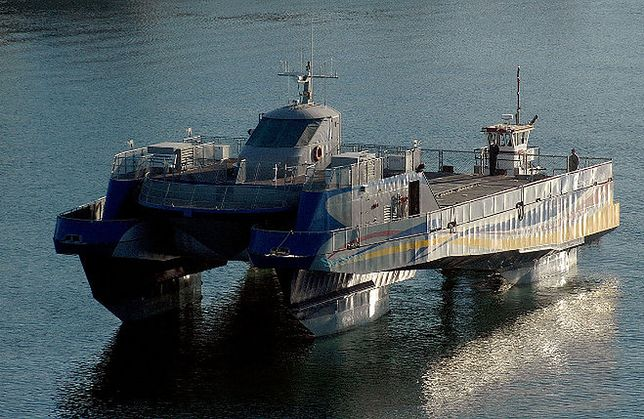Amerykańska armia sprzedaje eksperymentalny okręt wojenny!