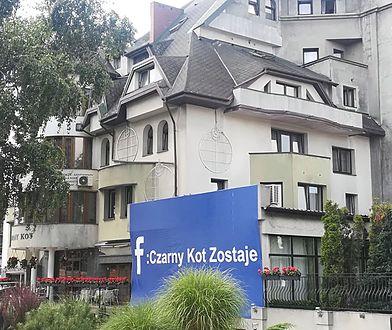 """Lata batalii sądowych na nic. Bo """"Czarny Kot zostaje""""  - oświadczają właściciele hotelu"""