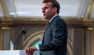 Pożar Notre Dame w Paryżu. Emmanuel Macron zaprosił do Francji papieża Franciszka