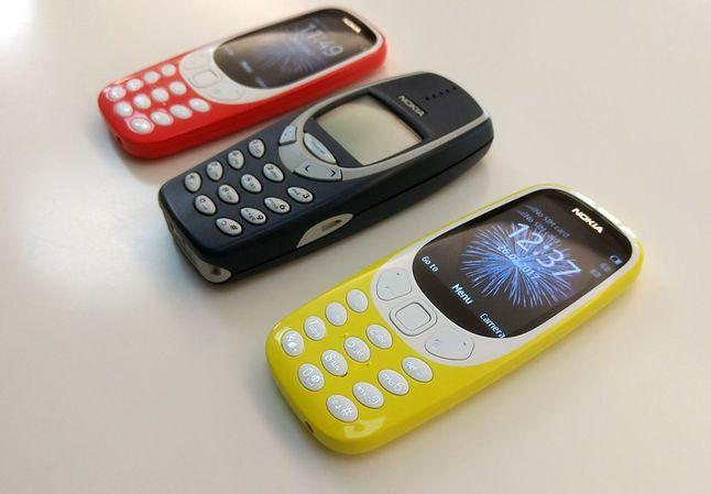 Nokia 3310 i Nokia 3310 i jeszcze jedna Nokia 3310 (żródło: magazyn.ceneo.pl)