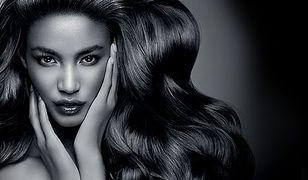 Delikatna pielęgnacja olejkami dla wszystkich rodzajów włosów
