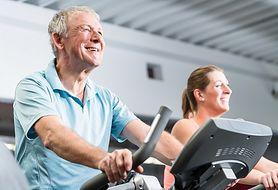 Pozytywny wpływ ćwiczeń na serce seniora