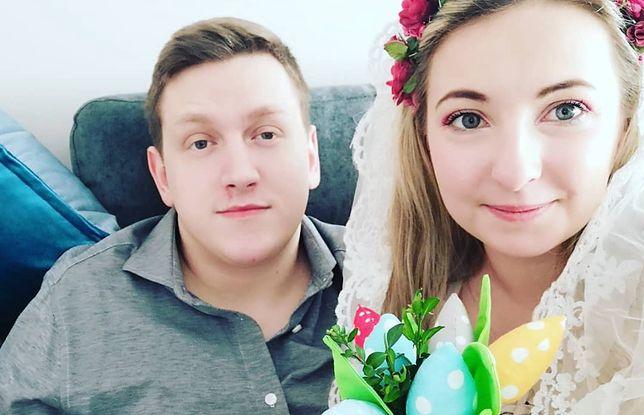Koronawirus zepsuł im plany. Panna młoda znalazła sposób, by dzień ślubu nadal był wyjątkowy