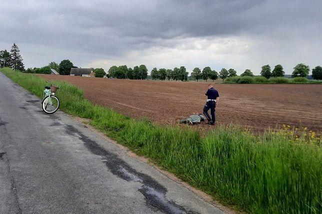 Pościg za motocyklistą zakończył się nietypowo, ale z sukcesem.