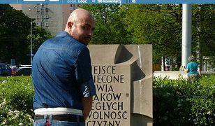 Udawał, że sika na pomnik ofiar Powstania Warszawskiego!